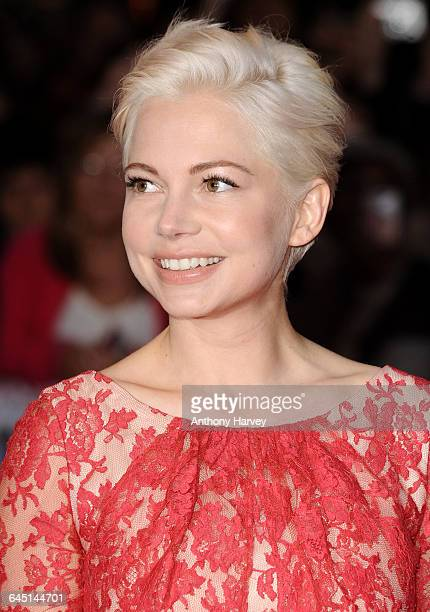 Actress Michelle Wiliams attends the 'Blue Valentine' Premiere during the BFI London Film Festival at the Vue Cinema Leicester Square on October 15...
