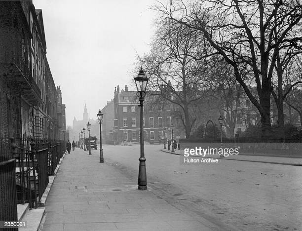London's fashionable Bedford Square 17th April 1925