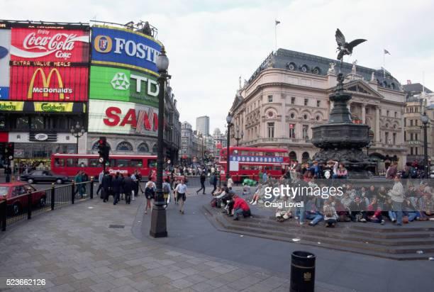 london's piccadilly circus - piccadilly bildbanksfoton och bilder