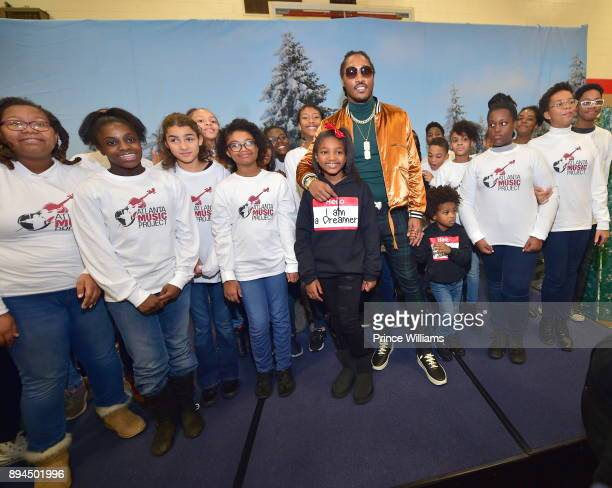 Londyn Wilburn Future and Future Zahir Wilburn attend the 5th annual FreeWishes Foundation Winter Wishland at Bessie Branham Park on December 17 2017...