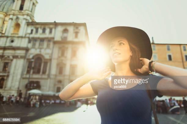 Lone Reisenden Touristen Frau in Rom
