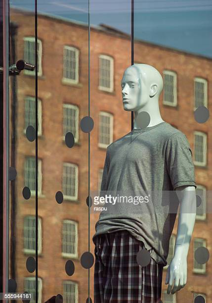 Loneliness of a mannequin, Manchester