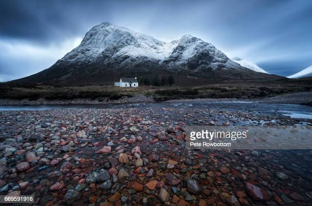 lonely coattage - scotland stock pictures, royalty-free photos & images