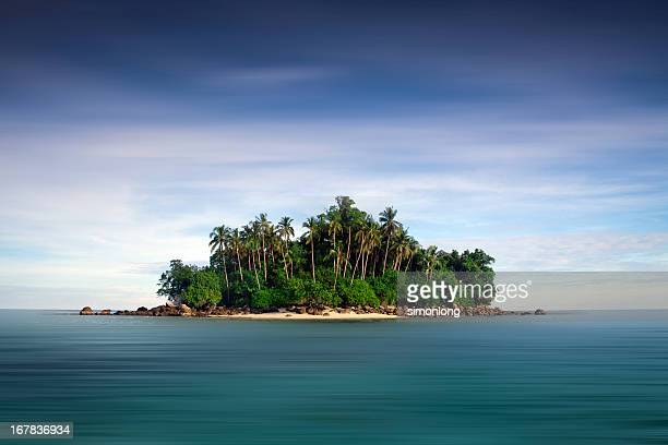 lonely island - island stock pictures, royalty-free photos & images