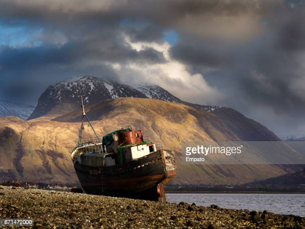 Long abandoned boat, Corpach.