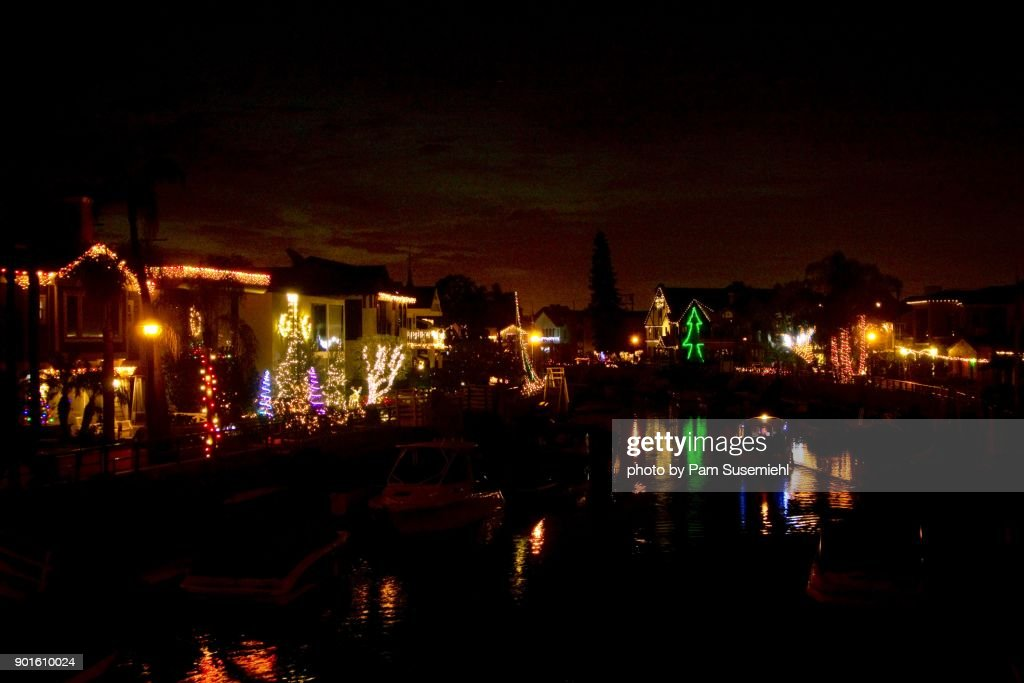 long beach ca christmas lights on rivo alto canal naples island at night