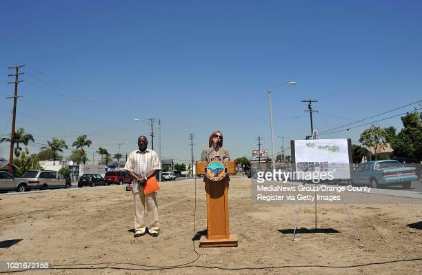 BEACH CA Long Beach CA councilman Dee Andrews left and Amy Bodek Executive Director of the Long Beach Redevelopemnt Agency during a press conference...