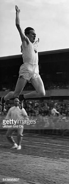 Long Carl Ludwig 'Luz' Sportsman long jumper Germany* Longjumping Photographer Lothar Ruebelt Published by 'Berliner Illustrirte Zeitung'...