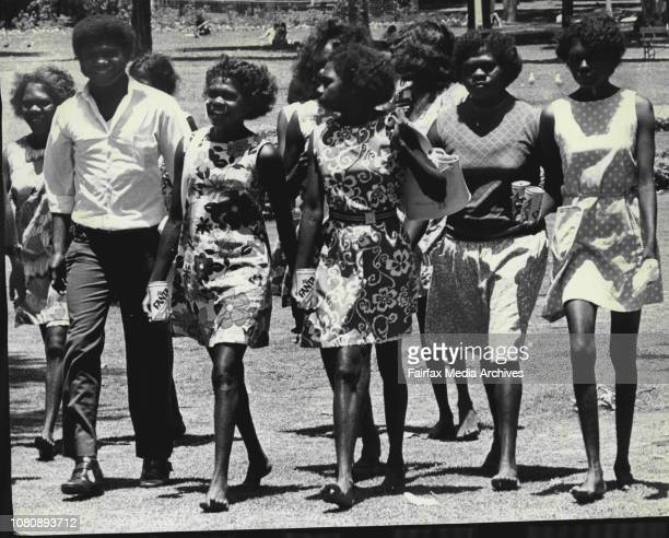 Long Christmas up to cityThis is a part of a group of Bathurst Islanders holidaying in Sydney It is theirs first trip from the IslandWorking girls...