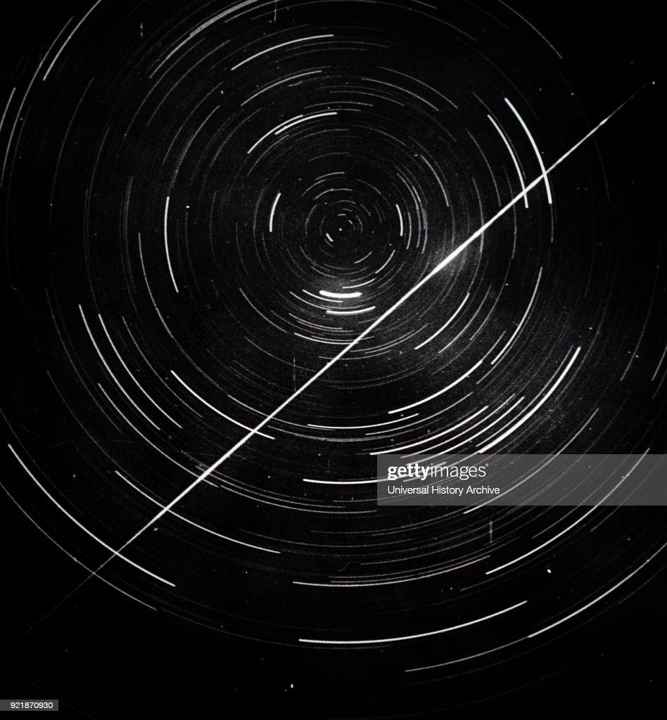 Long exposure photograph of a circumpolar stars. : News Photo