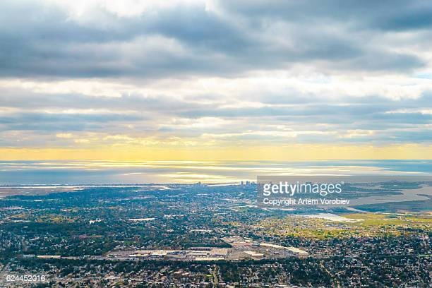 long island from the air - long island stock pictures, royalty-free photos & images