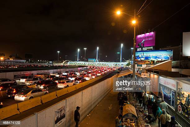 Long lines crossing the Mexican border at Tijuana/San Ysidro
