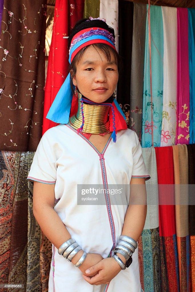 Long Neck Karen Lady : Stock Photo