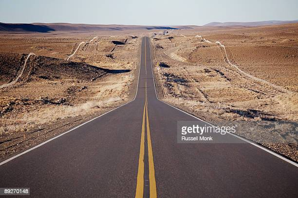 long straight road - long stock pictures, royalty-free photos & images