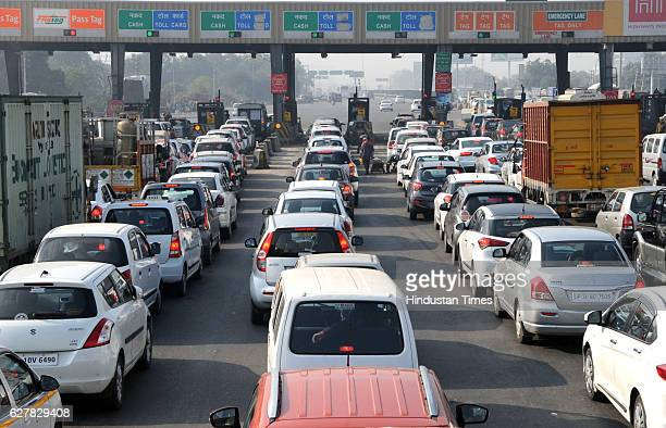 Long traffic queues at Kherki Daula toll plaza as the toll fee exemption ended at midnight on December 5 2016 in Gurgaon India