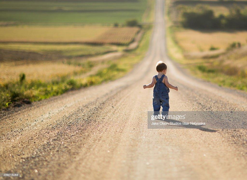 Long walk : Stock Photo