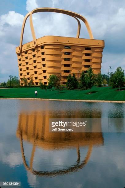 Longaberger Headquarters maker of handcrafted baskets 7 story basket shaped building Newark Ohio
