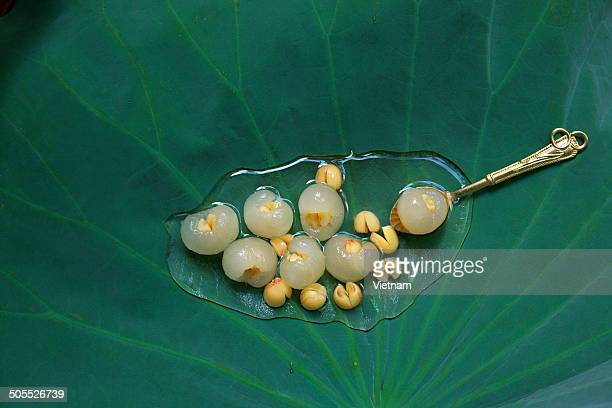 Longan with Lotus Seed filling tea