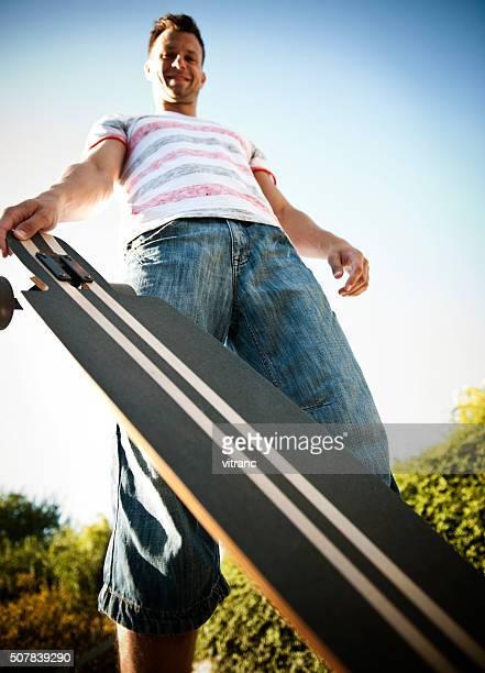 longboarder - grand angle photos et images de collection