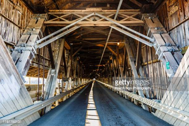 longest covered bridge in the world, hartland - khanh ngo stock pictures, royalty-free photos & images