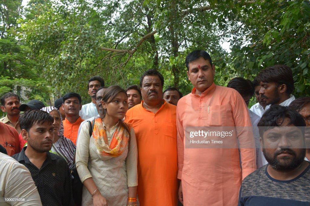 Loni MLA Nand Kishore Gurjar Meet DM, Demand Enquiry In Drowning Deaths Cases At Gangnahar