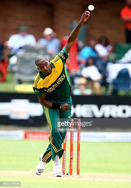 Lonwabo Tsotsobe of South Africa during the 2nd One Day International match between South Africa and Pakistan at AXXESS St Georges on November 27...