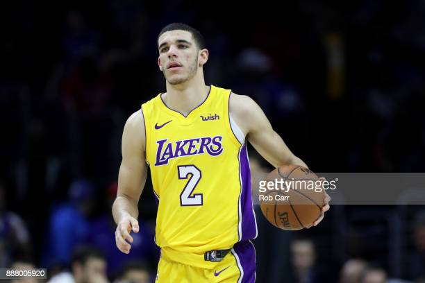Lonzo Ball of the Los Angeles Lakers dribbles the ball against the Philadelphia 76ers in the second half at Wells Fargo Center on December 7 2017 in...