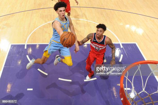 Lonzo Ball of the Los Angeles Lakers drives to the basket against the Washington Wizards on October 25, 2017 at STAPLES Center in Los Angeles,...