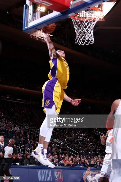 Lonzo Ball of the Los Angeles Lakers dunks the ball during the game against the New York Knicks on December 12 2017 at Madison Square Garden in New...
