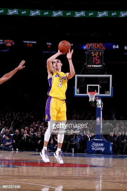 Lonzo Ball of the Los Angeles Lakers shoots the ball during the game against the New York Knicks on December 12 2017 at Madison Square Garden in New...