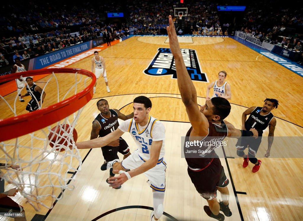 NCAA Basketball Tournament - Second Round - Sacramento : News Photo