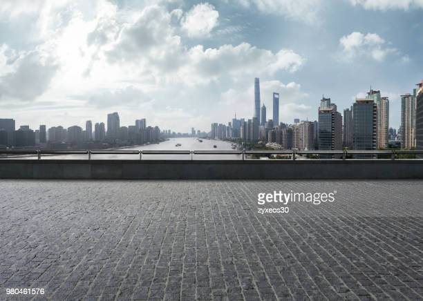 look at the bund of shanghai on the viewing deck,china - east asia, - terrasse panoramique photos et images de collection