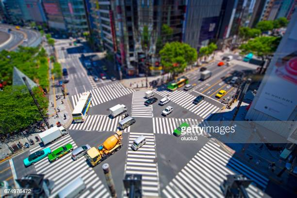 Look at the crosswalk of the scrambled intersection from above