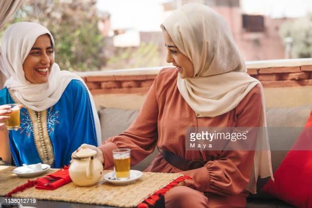 ein blick in den alltag in marokko - nordafrika stock-fotos und bilder