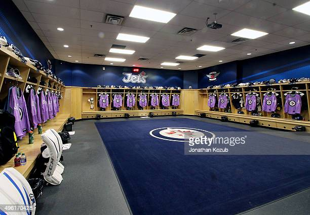 best service 83cad 169d2 Winnipeg Jets On Hockey Fights Cancer Premium Pictures ...