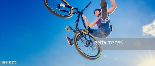 look mum, no hands! - hands free cycling stock pictures, royalty-free photos & images