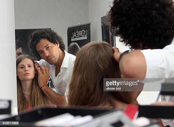 Look Proben fuer die Fashion Week Styling für Designer Michael Sonntag Make up Artist Boris Entrup Model Anthea
