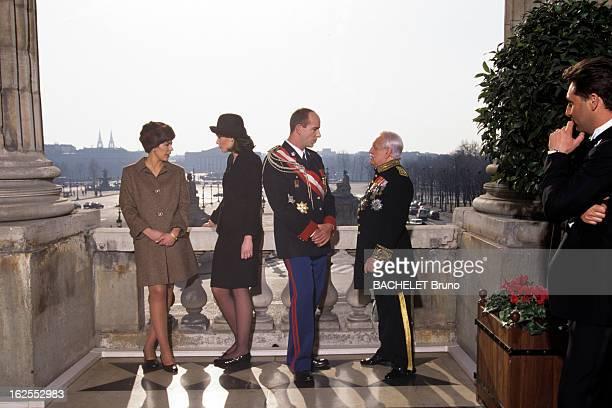 LookAlikes Of The Members Of The Princely Family Of Monaco A Paris Place de la Concorde à l'hôtel du CRILLON le sosie du prince RAINIER avec le sosie...