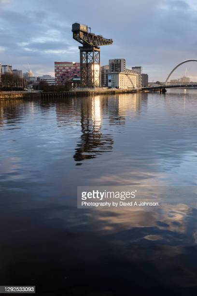 looking down the river clyde on a winters day - river clyde stock pictures, royalty-free photos & images
