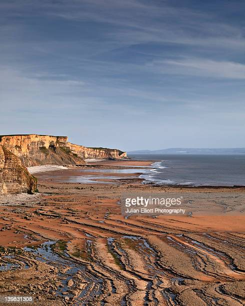 looking down the stunning glamorgan heritage coastline in wales, uk. the area is a geological wonder that skirts the fringes of the bristol channel. - glamorgan stock pictures, royalty-free photos & images