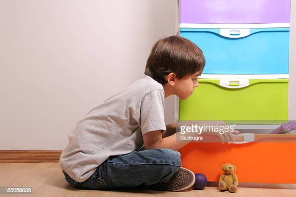 looking for a toy - toy box stock pictures, royalty-free photos & images