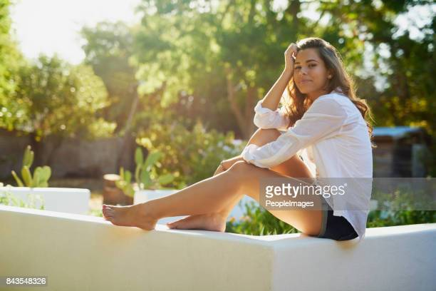 looking good in the summer sun - leg stock pictures, royalty-free photos & images