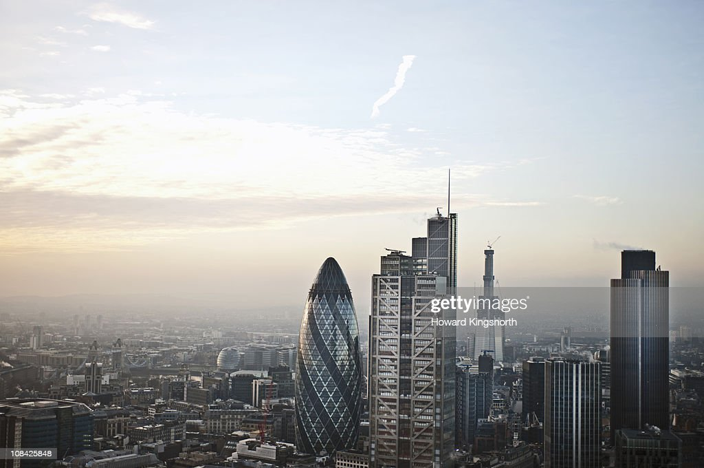 Looking South over London City : Bildbanksbilder