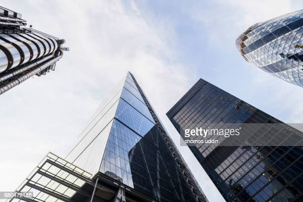 looking up at modern london skyscrapers - skyscraper stock pictures, royalty-free photos & images