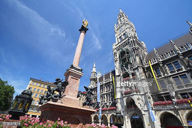 looking up at munich marienplatz - new town hall munich stock pictures, royalty-free photos & images