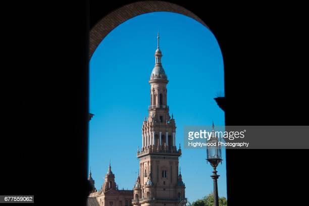 looking up at plaza de españa - highlywood - fotografias e filmes do acervo