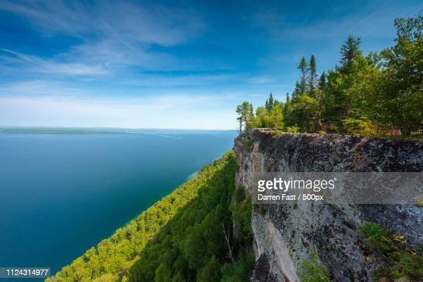 lookout - lake superior stock pictures, royalty-free photos & images