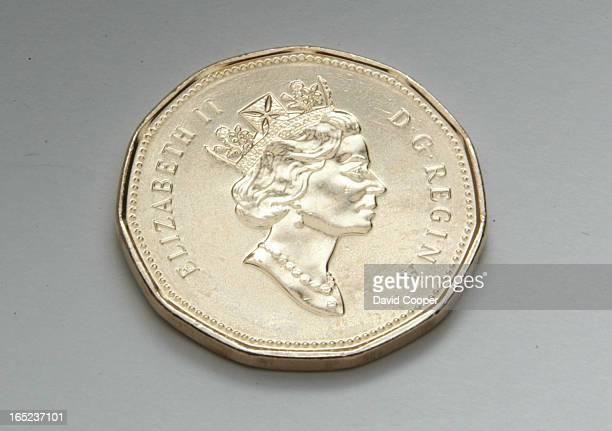 Loonie 1996 general circulation One Dollar coin