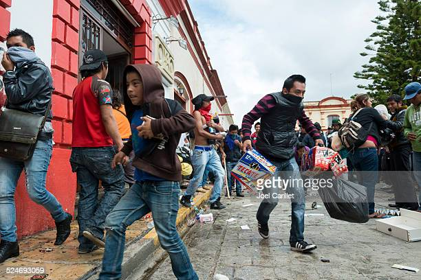 looters in mexico - mexican beer stock pictures, royalty-free photos & images