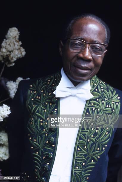 Léopold Sédar Senghor en costume de l'Académie française le 1er juin 1983 à Paris en France.